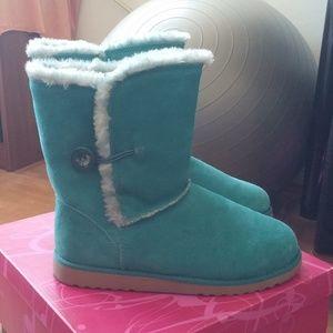 Teal Xhilaration Boots